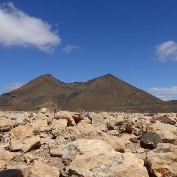 Vulkanwanderungen - nicht mehr heiß aber gewagt!